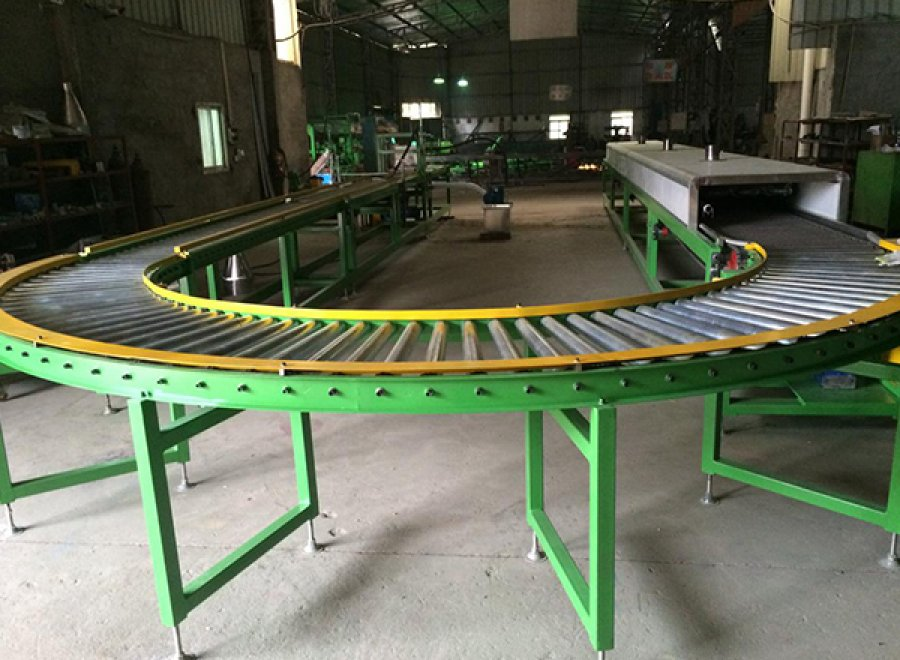 Glue coating production line for tube valve base