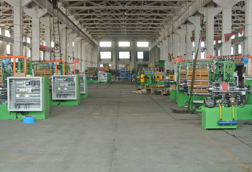 Cycle tire machinery workshop